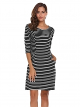 Black white 3/4 Sleeve Striped Neck Pockets Loose Dress