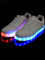 Moda Unisex LED Light Lace Up Luminous Shoes Sportswear Sneaker Casual Shoes Carregamento USB