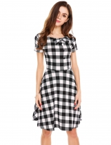 Black/White Mujeres Estilo Vintage manga corta de cintura alta Plaid Swing Dress