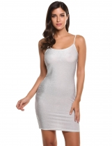 Silver Spaghetti sangle Backless métalliques Clubwear Bodycon Dress des femmes