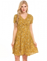 Yellow Short Sleeve Print V Neck Pullover Dress