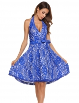 Blue Femmes Vintage sans manches en dentelle florale Halter Swing Dress With Belt