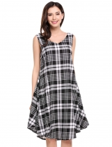 Grey Sleeveless Plaid V Neck Pullover Loose Dress With Belt