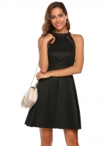 Black Sleeveless Lace O-Neck Pleated Dress