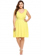 Yellow Plus Size Solid Elastic High Waist Sleeveless Swing Dress