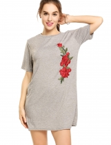 Gray Embroidered Flower Applique Short Sleeve Loose T-Shirt Dress