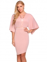 Pink Femmes Casual O-Neck Flare Sleeve Front Hollow Out Forfait Hanche Robe en patchwork