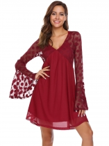 Vin rouge Rouge à vin Femmes Casual V-Neck Flare Long Sleeve Mesh Patchwork Dot See Through Dress