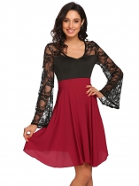 Rojo de vino Mujeres Estilo Vintage V cuello Hollow Lace Flare manga larga Swing Cocktail Dress