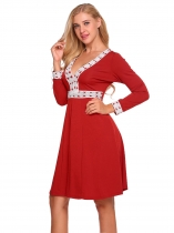 Red Femmes V-Neck Long Sleeve Lace Patchwork Fit et Flare Cocktail Party Dress