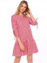 Red Femmes O-Neck Lace Up 3/4 manches Plaid Casual Loose Fit Ruffles Hem Dress
