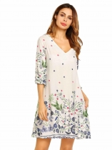 Blanco Mujeres Moda V cuello 3/4 mangas Floral Back Hole Straight Loose Dress