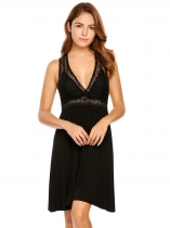 Black Deep V-Neck Pleated Lace Patchwork Nightgown
