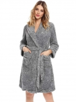 Gray Women Shawl Collar à manches longues doux en peluche Peignoir Long Robe