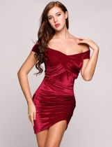 Velours au large de l'épaule plongeante Bodycon solide Wrap Party Dress