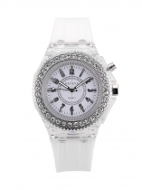 Women Round Alloy Analog Buckle Quartz Battery Watch